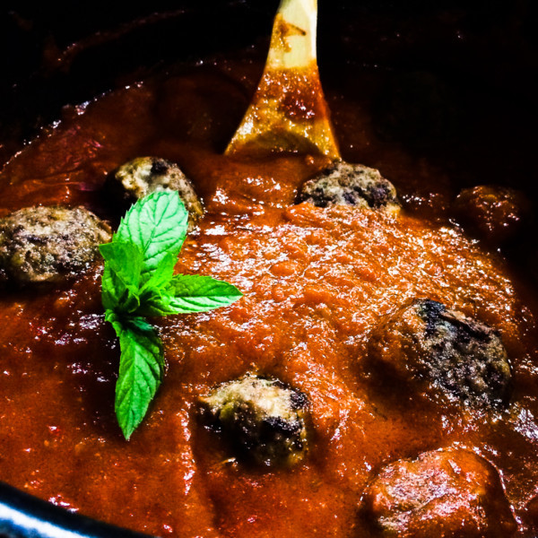 Lamb Balls with Red Sauce and Mint